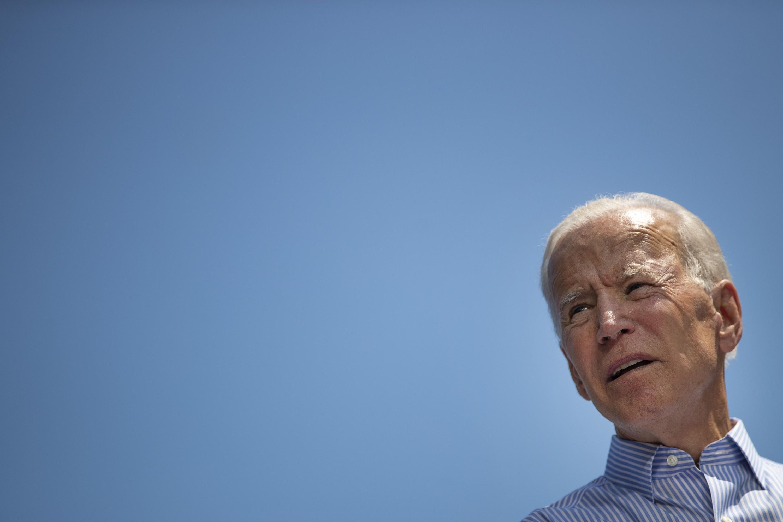 El equipo de campaña de Biden calificó el incidente como un error que fue rápidamente corregido. (AFP)