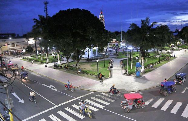 Iquitos: implementan moderno sistema de iluminación en plazas y vías principales | FOTOS