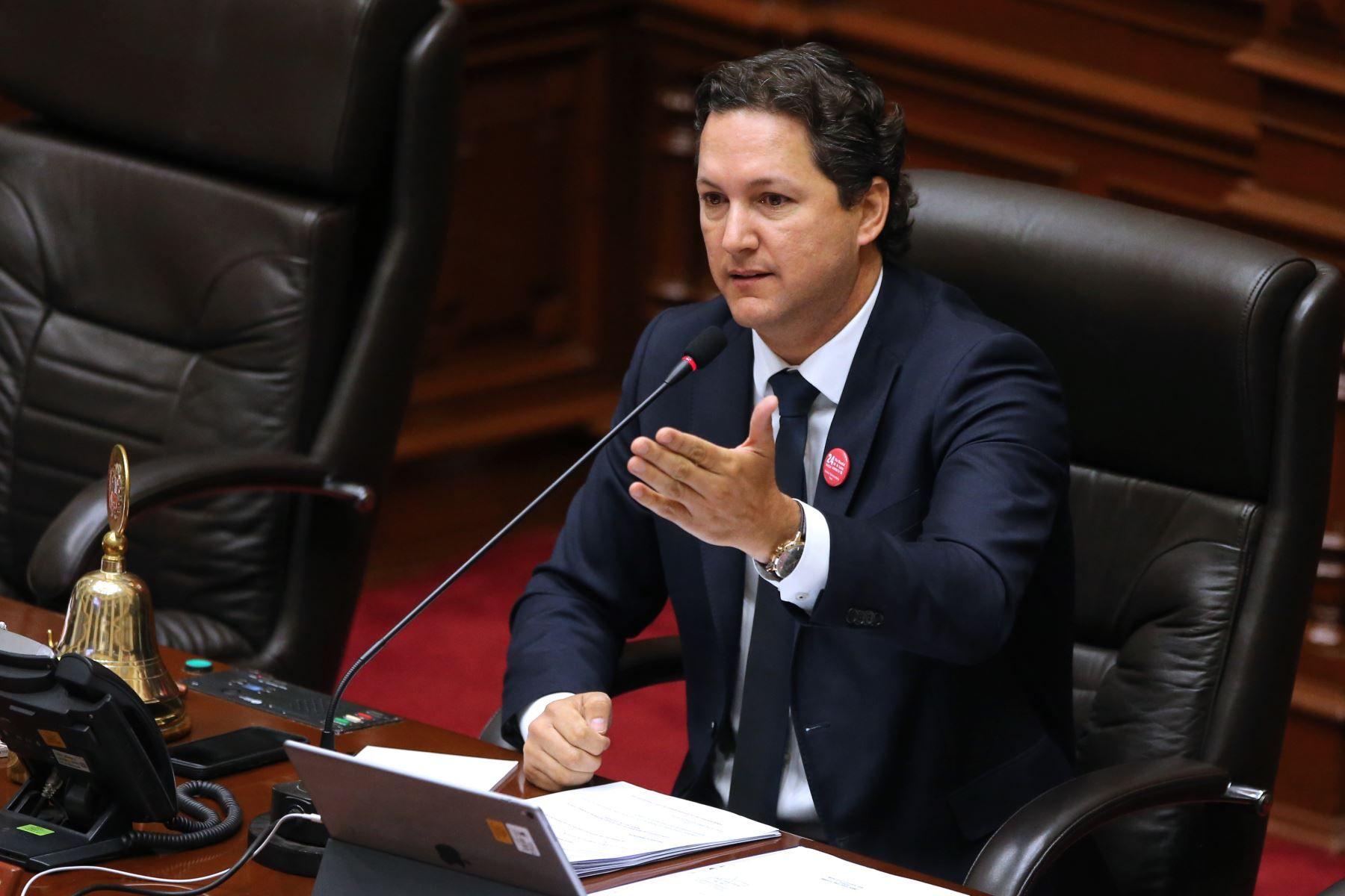 """Daniel Salaverry: """"El Congreso de la República no es un circo"""""""