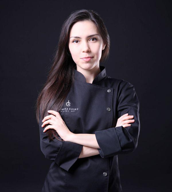 El sector de la alta pastelería no tiene a muchas mujeres en sus filas como Kasko. Fuente: Dinara Kasko