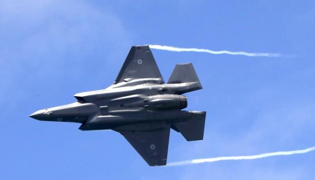 Estados Unidos suspenderá a Turquía del programa F-35 si compra sistema de misiles ruso