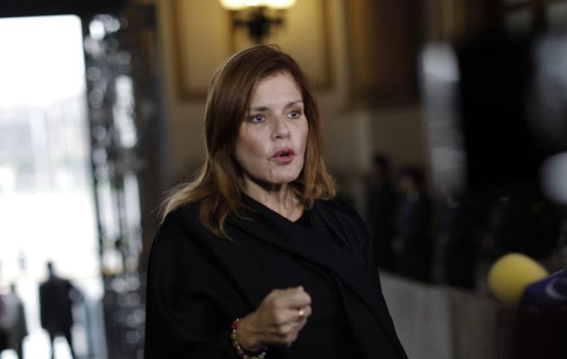 Mercedes Araoz rechaza tener algún interés en vacar a Martín Vizcarra
