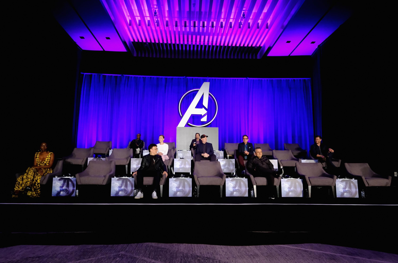 Rinden tributo a los héroes caídos por Thanos. (Foto: Difusión)