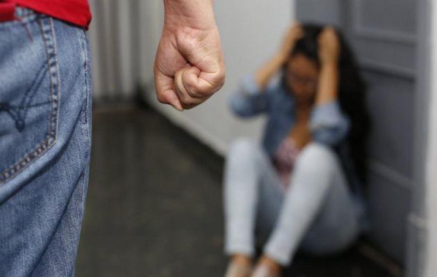 Llamadas a Línea 100, para víctimas de violencia familiar, se incrementa en 93,3%, según el MIMP