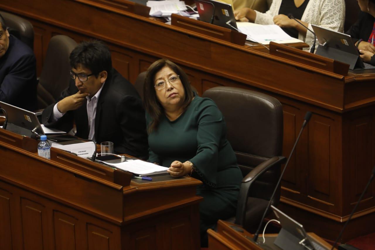María Elena Foronda fue suspendida por 120 días por el pleno del Congreso
