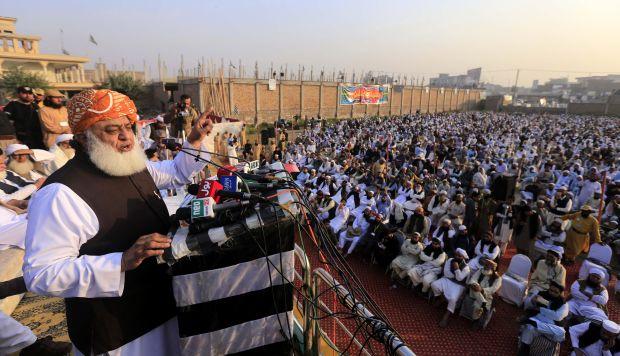 Pakistán: No juzgarán por traición a líderes de protestas contra Asia Bibi
