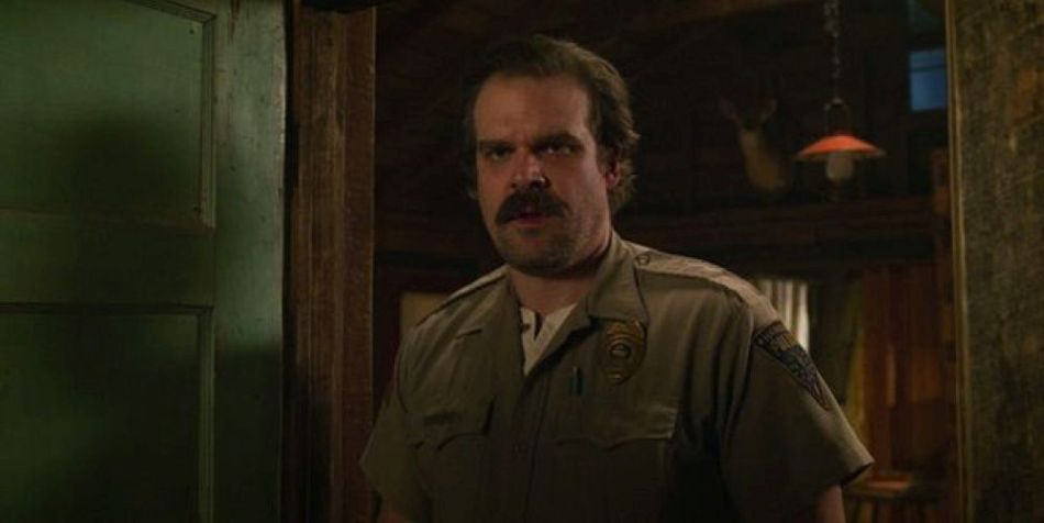 Stranger Things 3: ¿la canción del final de temporada es clave para Jim Hopper?