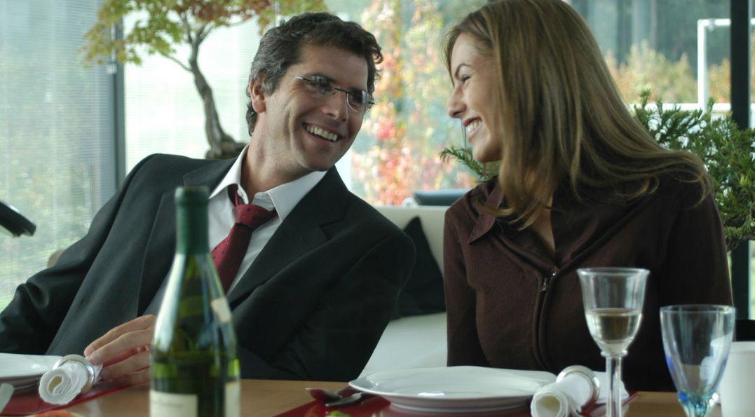 Meier y Mori en 'La mujer de mi hermano'. (20th Century Fox)