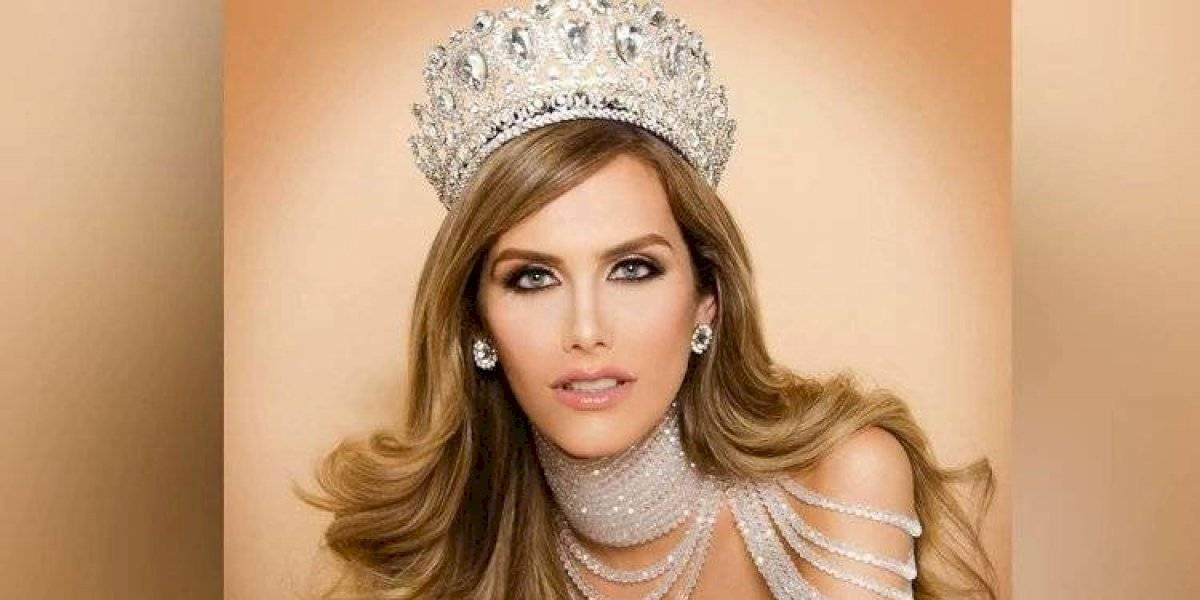 Ángela Ponce enloquece a las redes sociales con vestido transparente
