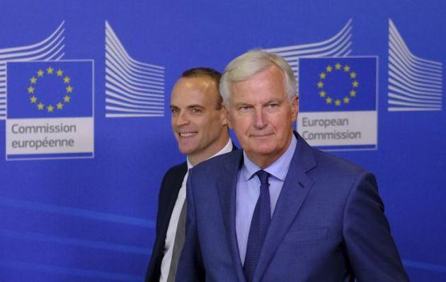 """UE y Reino Unido siguen aferrados a octubre para un acuerdo sobre el """"brexit"""""""