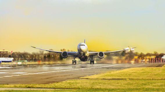 Los viajes en primera clase ya no son prioritarios para los jóvenes que tienen alto poder adquisitivo. (Foto: Pixabay)