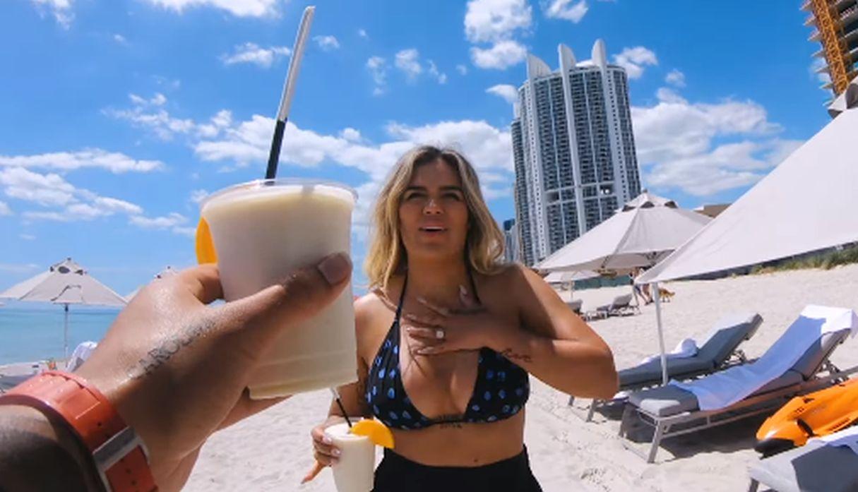 Karol G estrenó su álbum 'Ocean' y el videoclip de la canción del mismo nombre inspirada en Anuel AA   VIDEO