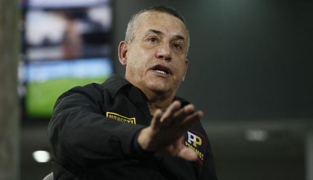 Daniel Urresti pone su cargo a disposición tras violento incidente entre serenos y ambulantes