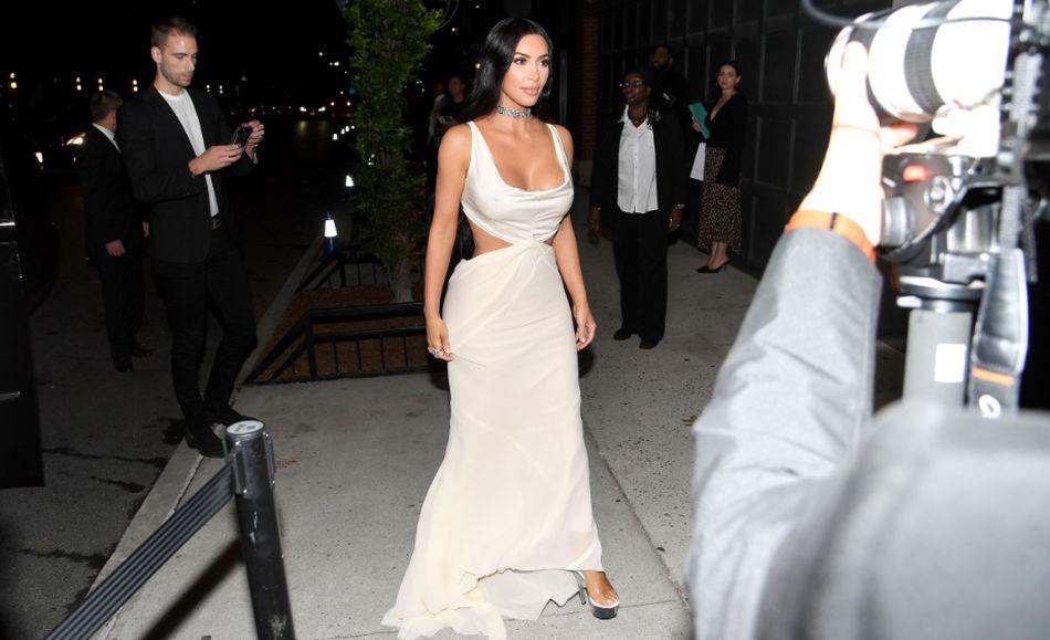 Kim Kardashian tuvo que retractarse y decir que cambiará de nombre a su marca. (Foto: AFP)