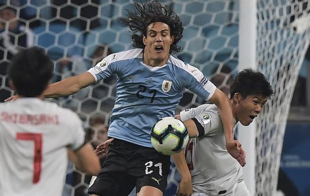 Uruguay no pudo con la selección japonesa y empató 2 a 2 por Copa América