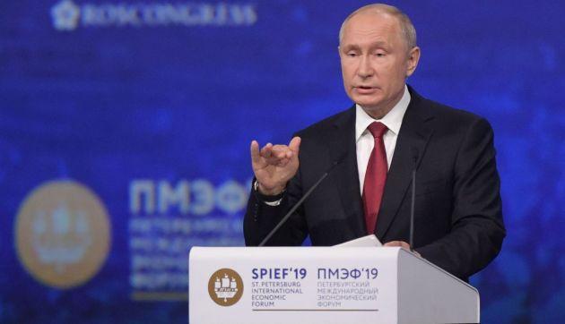 Putin denuncia los intentos de excluir a Huawei de mercados internacionales