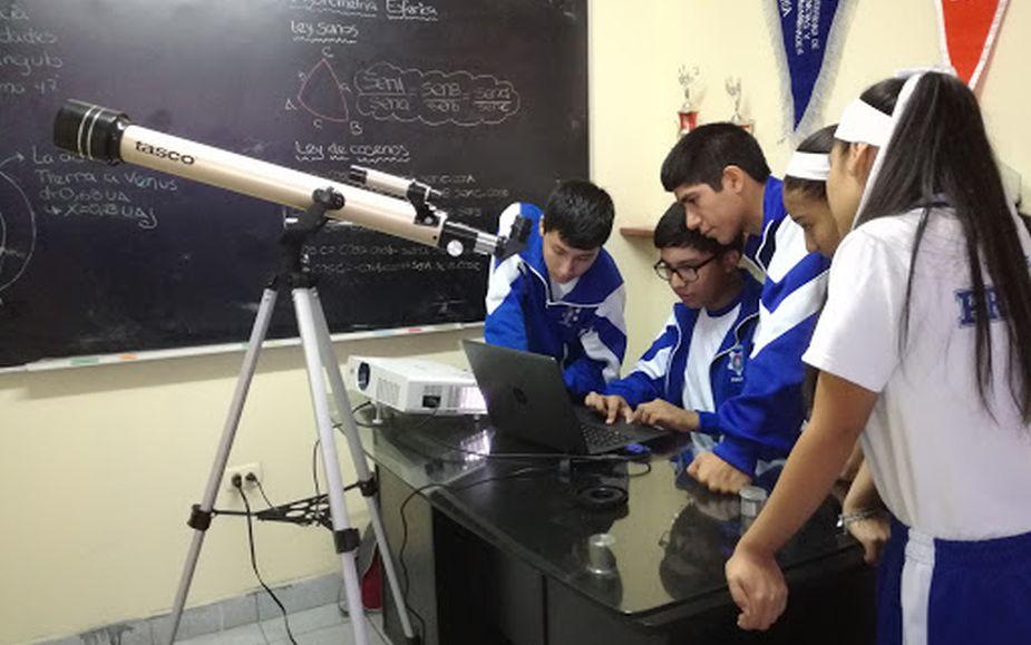 Jóvenes peruanos se preparan para Olimpiadas Latinoamericanas de Astronomía