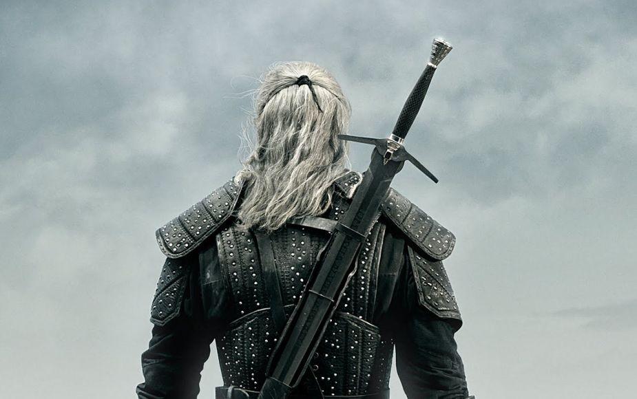 Revelan las primeras imágenes de 'The Witcher', protagonizada por Henry Cavill