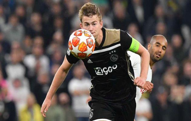 Agente de Matthijs de Ligt negociará pase del holandés con PSG