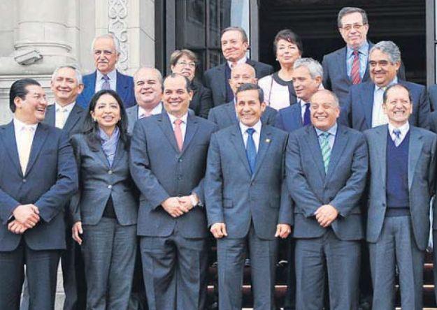 Humala dialoga con líderes empresariales