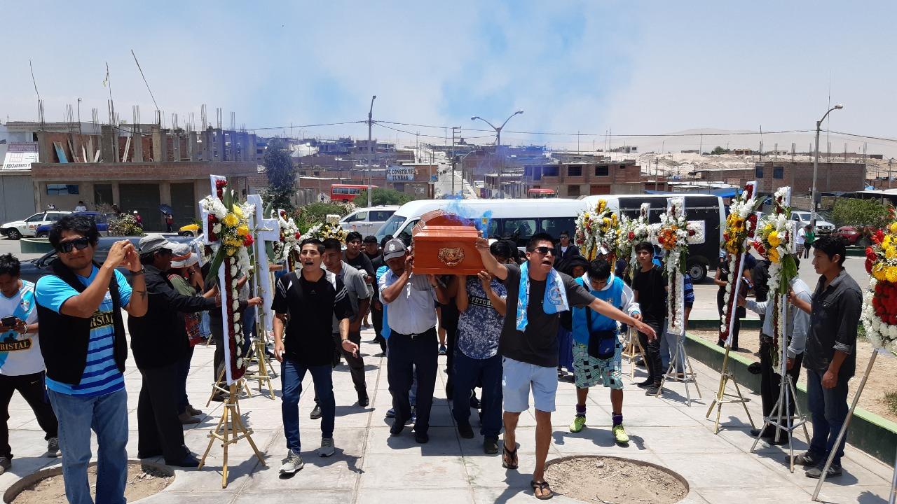 Tacna: familiares de taxista asesinado para robarle su carro piden justicia | FOTOS