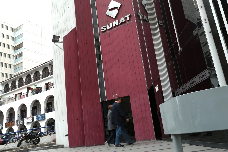 Sunat: más de 182.000 trabajadores aún no cobran su devolución de impuestos