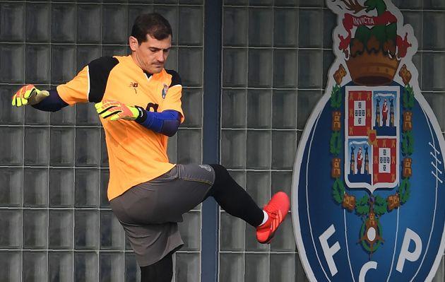 Iker Casillas se retiraría de Porto, según A Bola de Portugal