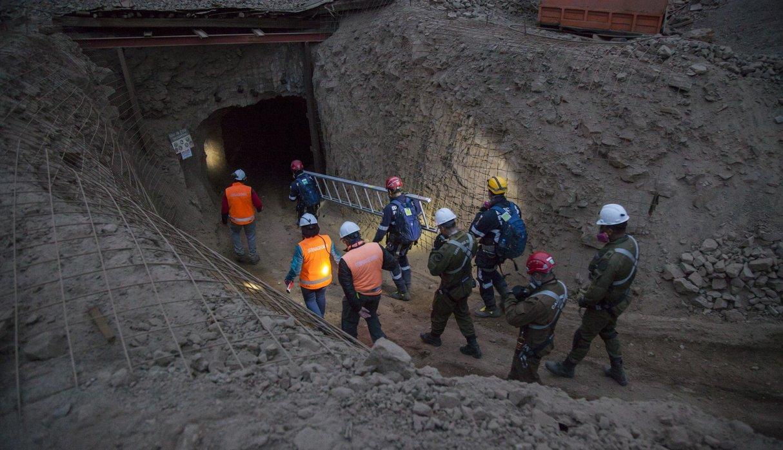 PUCP: alumnos crean sistema que alerta de posibles derrumbes en minas