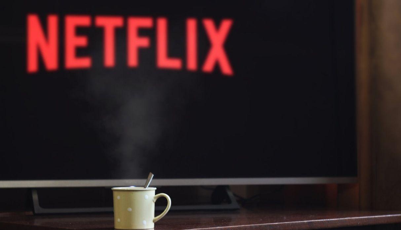 Netflix dejará los maratones y ahora los capítulos de sus series estarán disponibles semanalmente. (Foto: Pexels / Pixabay)