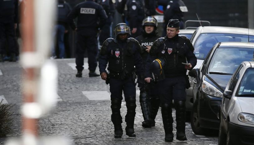 Francia: Autoridades investigan una violación grupal difundida en redes sociales