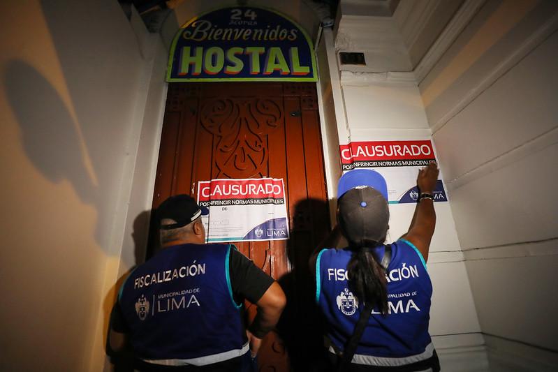 San Valentín: clausuran 15 hostales en Cercado de Lima por condiciones insalubres | FOTOS