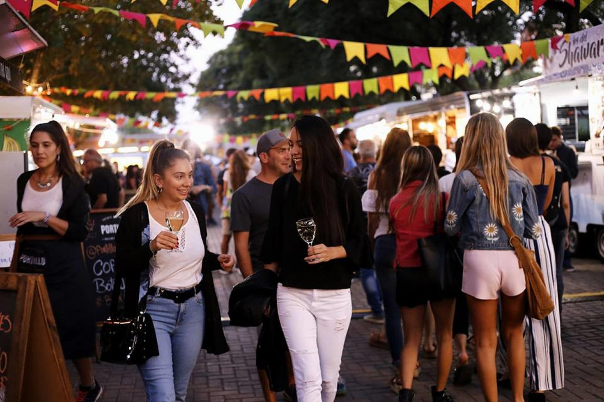 Turismo: ¿por qué Buenos Aires es el destino ideal para un viaje de amigas?