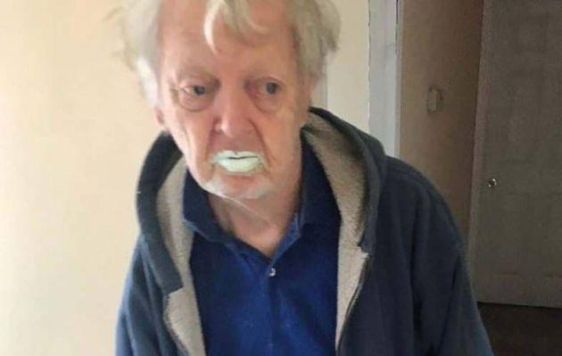Abuelito bebió medio litro de pintura al confundirlo con yogurt