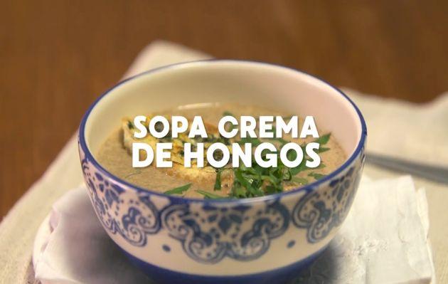 Abrígate este invierno con una contundente y sabrosa crema de hongos | RECETA Y VIDEO