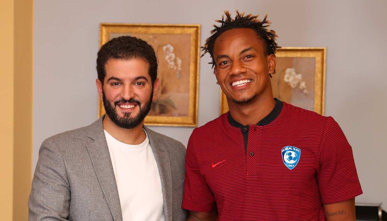 André Carrillo fue oficializado como nuevo jugador del Al Hilal de Arabia Saudita