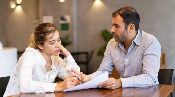 El mentor jamás dejará que una persona se vuelva conformista a pesar de que haya alcanzado sus objetivos (Foto: Freepik)