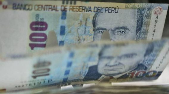 El bono extraordinario correspondiente al 9 % equivale a lo que los empleadores dejarán de aportar al Seguro Social de Salud (Essalud) este mes de julio. (Foto: Andina)