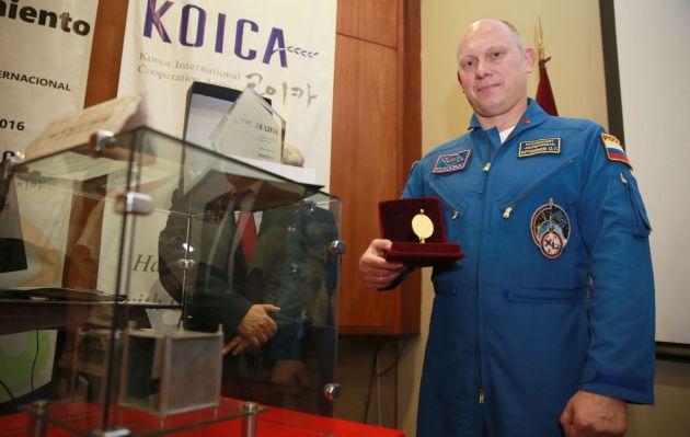 Conoce al cosmonauta ruso que puso en órbita al primer nanosatélite peruano