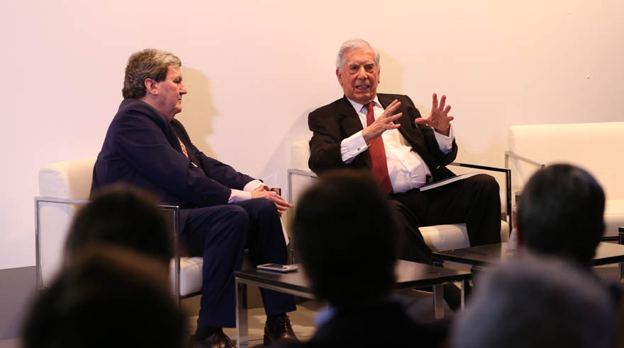 "Vargas Llosa: ""Perú demuestra en ARCOmardid su variada riqueza cultural"""