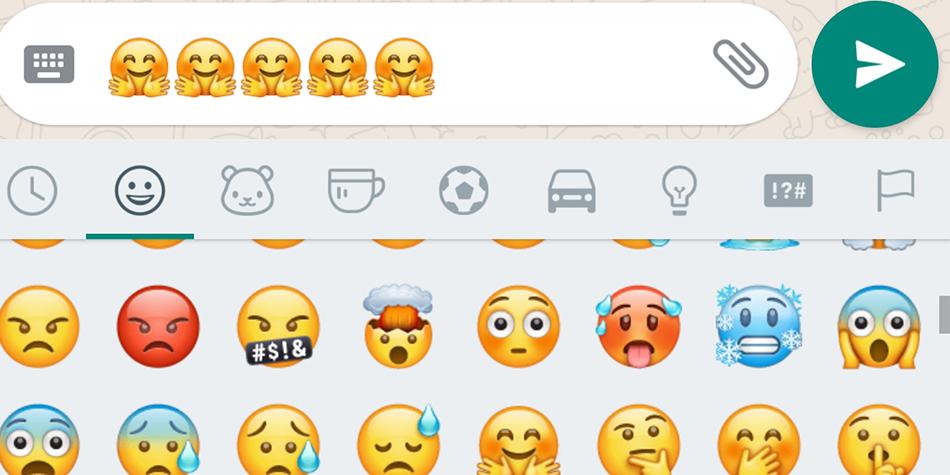 ¿Te has dado cuenta de este extraño emoji que se encuentra en WhatsApp y que muchos aseguran que es un niño con las manos limpias? (Foto: WhatsApp)