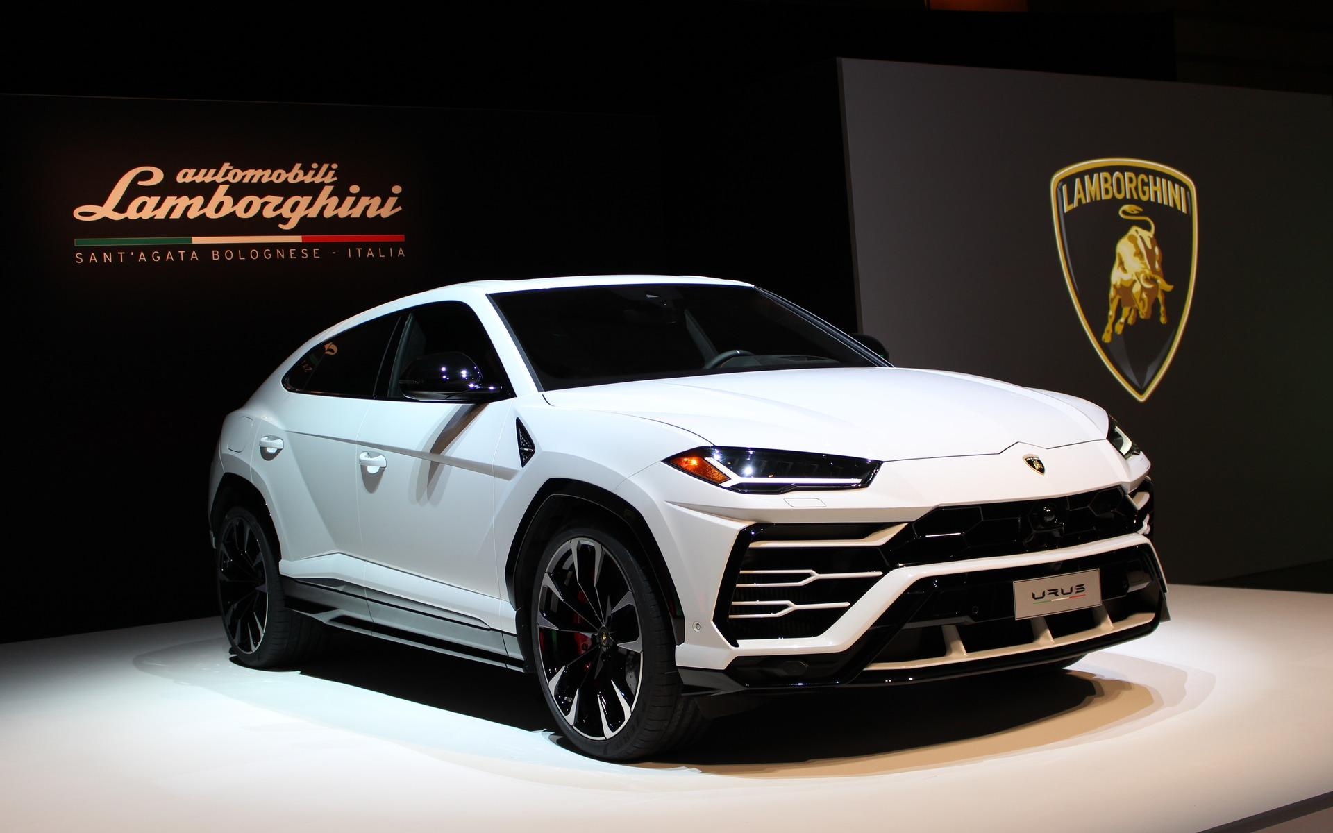 Huansu Auto Anuncio Su Copia Made In China Del Lamborghini Urus Economia Gestion