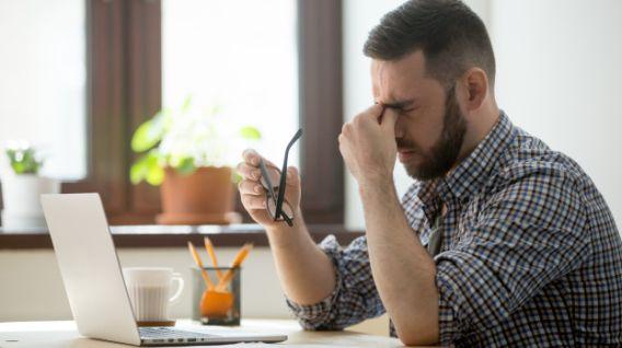 La ansiedad y estrés son comunes en los trabajadores. (Foto: Freepik)