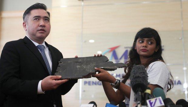 Familiares de desaparecidos en el MH370 piden a Malasia relanzar la búsqueda