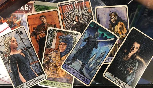 """""""Reigns: Game of Thrones"""", un videojuego para explorar otro """"Juego de Tronos"""""""