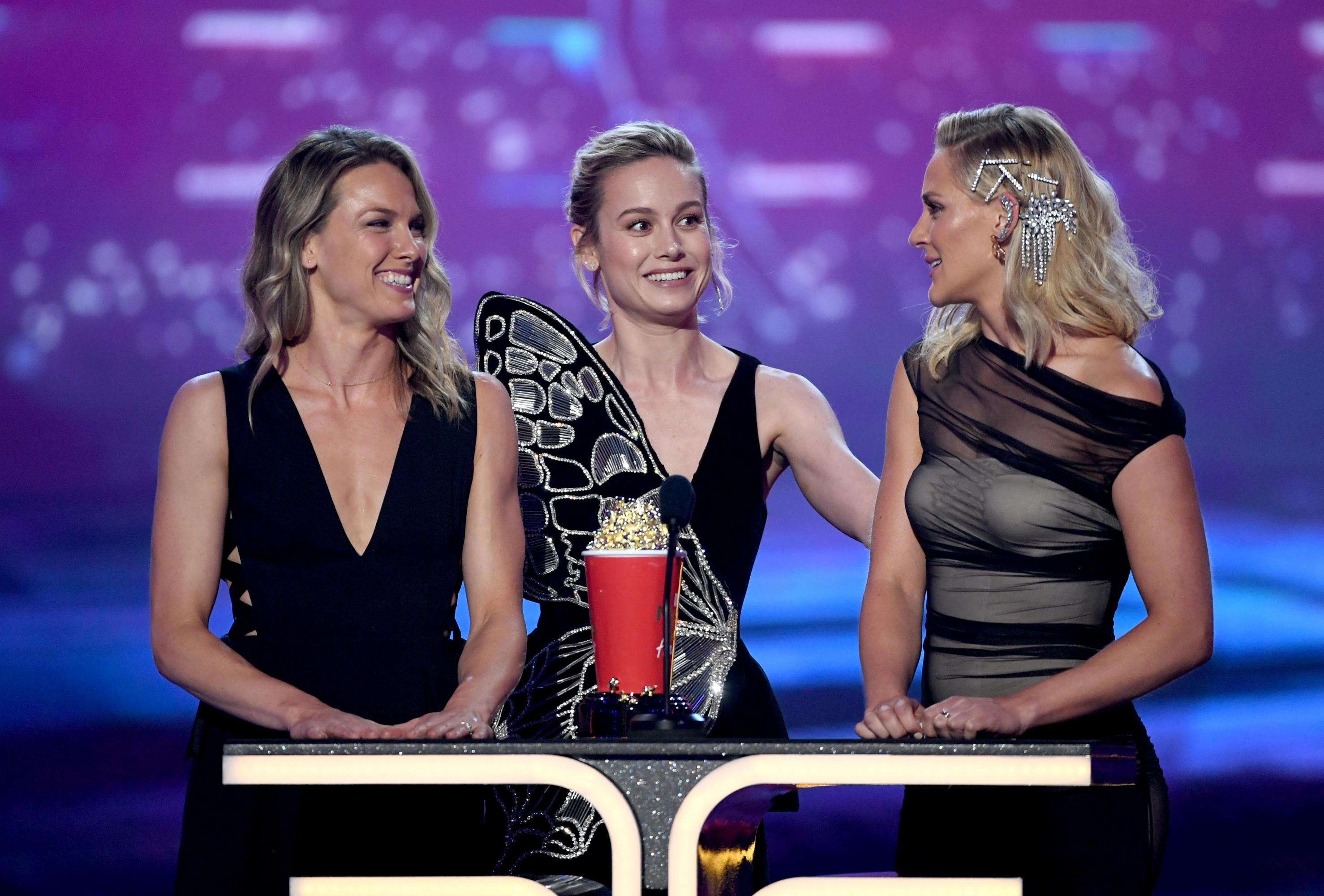 "MTV Awards: Brie Larson dedica el premio de ""Mejor pelea"" a sus dobles de ""Capitana Marvel"""