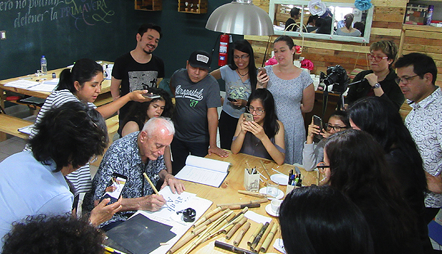 Dieterich Sentó las bases para la enseñanza profesional del diseño en el Perú, siendo el primer director de la que hoy es la Facultad de Arte de la PUCP. (Martin Arias)