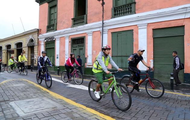 Día de la Bicicleta: las normas de tránsito que debes saber si eres ciclista