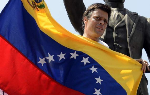 Leopoldo López pide a venezolanos manifestarse en las calles contra Maduro