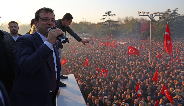 Turquía: Opositor es declarado vencedor en elecciones de Estambul