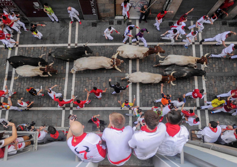 San Fermín: tres corneados dejó el octavo y último encierro en España